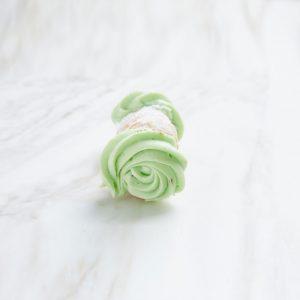 pistachio cannoli